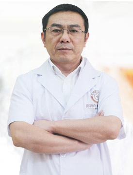 昆明白癜风医院医师毛春光